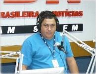 Osmar Guerreiro - Estudio da Rádio CBN/SP